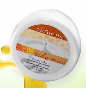 Avon Naturals Nawilżający mus do ciała Milk and honey